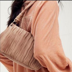 FREE PEOPLE- Olivia Shoulder Bag